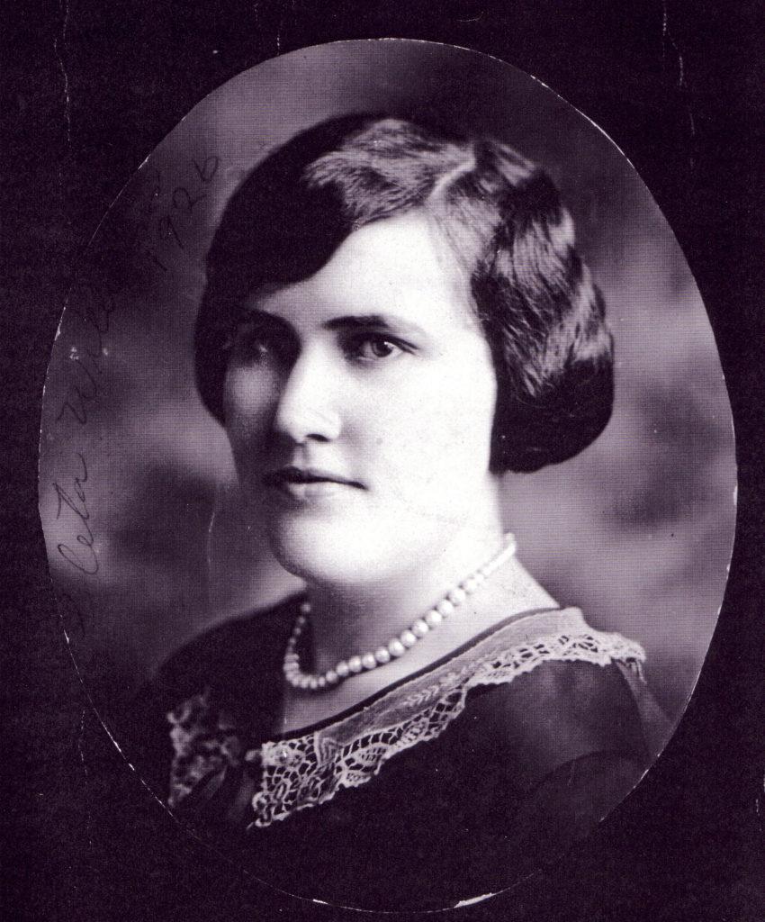 Loleta Williams Graves